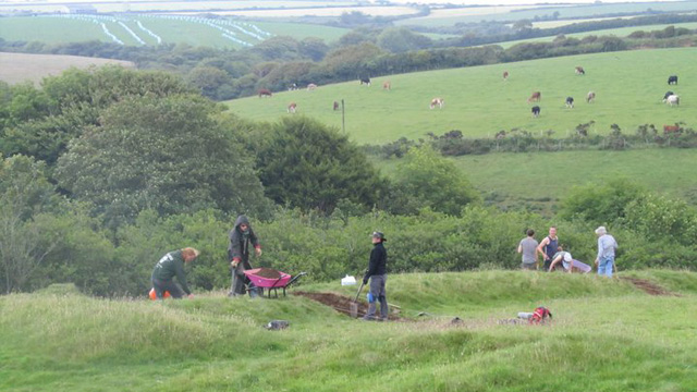 Senic image of people digging